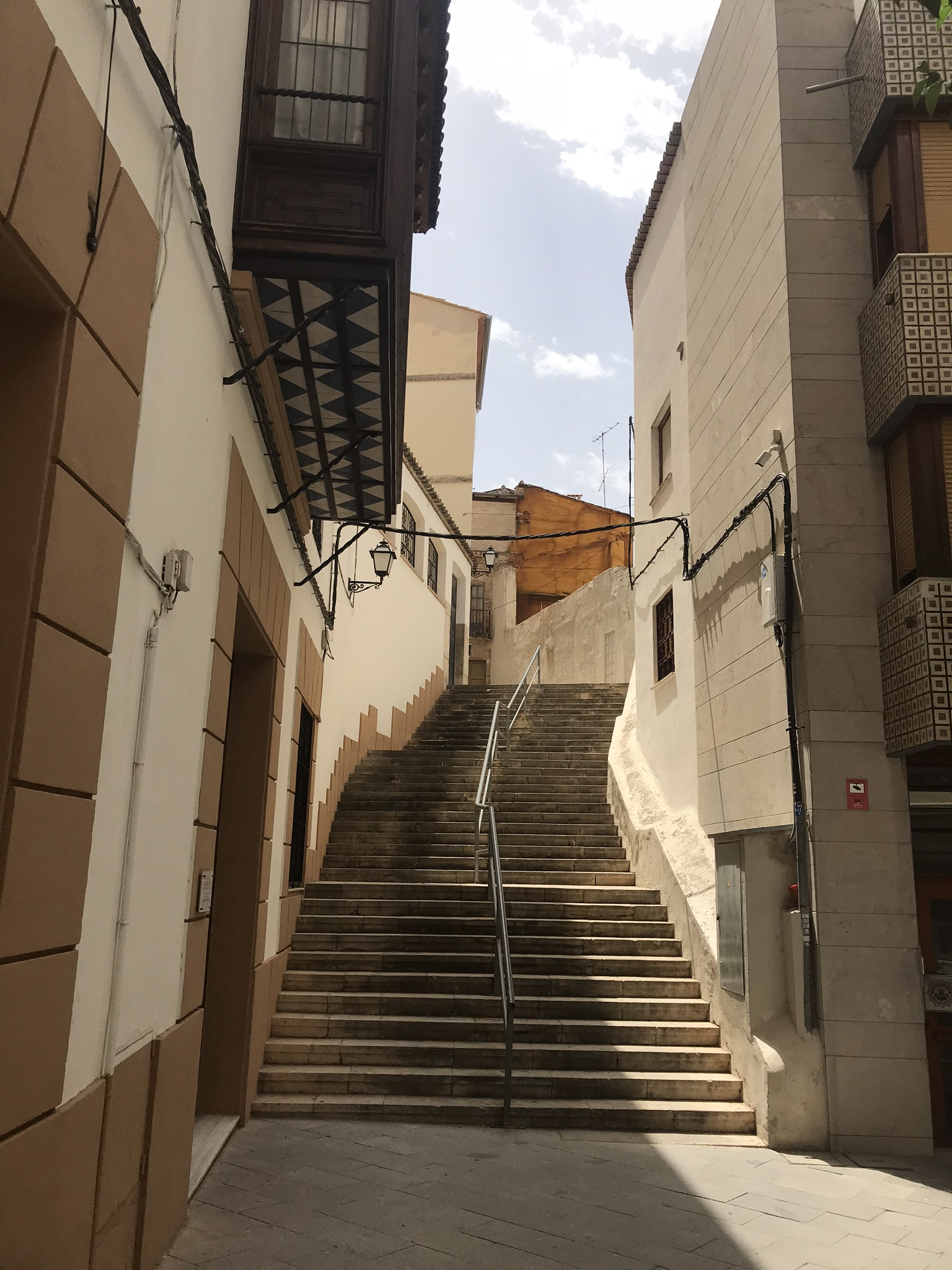 Spain 2018 Day 3 - walkway